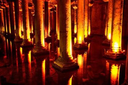 Les 10 Monuments à Visiter à Istanbul, la Citerne Basilique.