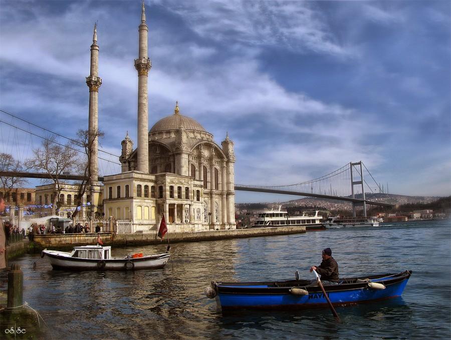 La Mosquée D'Ortakoy Le Bosphore Istanbul, la promenade sur le Bosphore