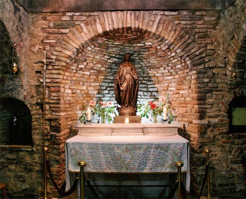 la Maison de la Vierge à Éphèse
