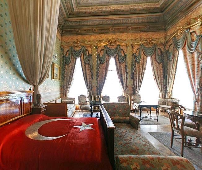 La Chambre D'Ataturk au Palais de Dolmabahce Istanbul