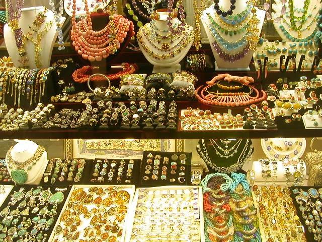 le-grand-bazar-et-ses-4000-boutiques