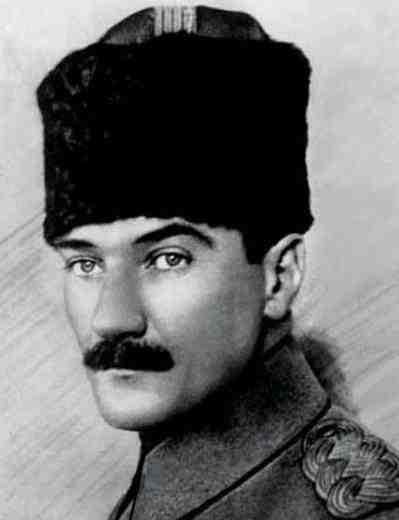 Le Père Des Turcs MUSTAFA KEMAL ATATÜRK