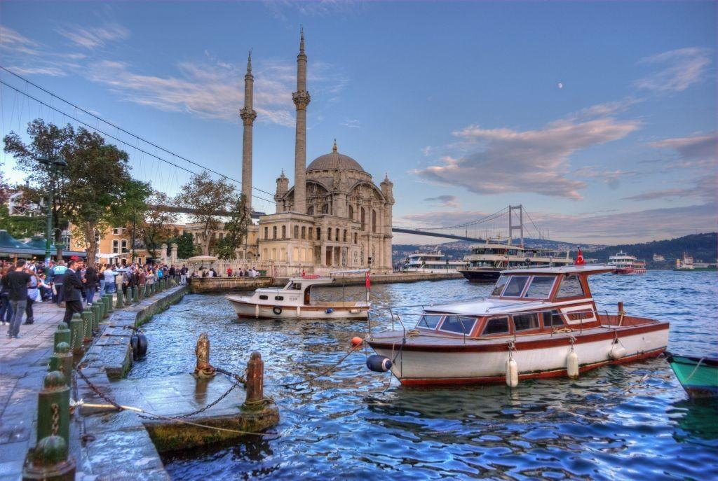 La Mosquée d'Ortakoy, Istanbul