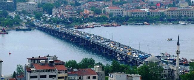 Le pont De Unkapani Sur la corne d'or, Istanbul