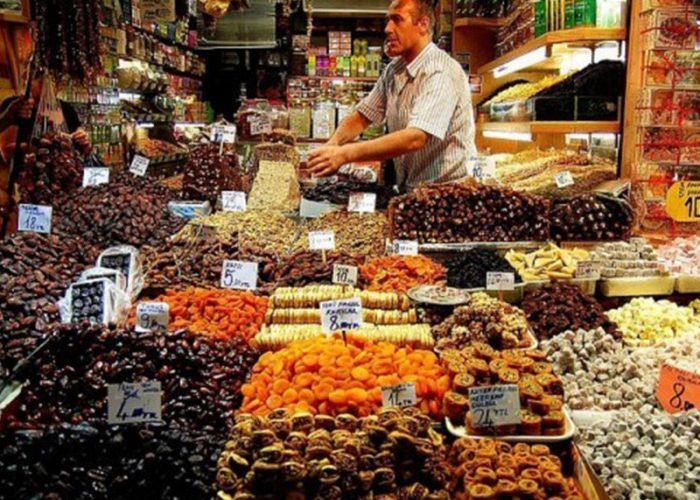 marche-aux-epices-spices-bazaar-istanbul-600x367