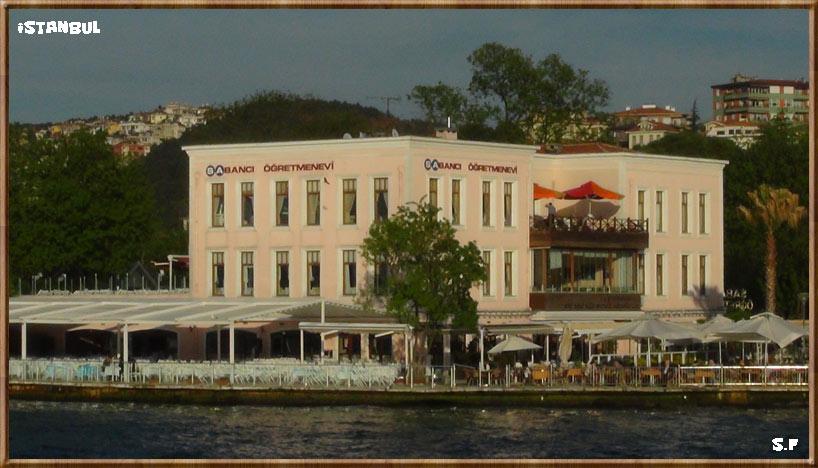 La maison d'enseignant au Bosphore Istanbul